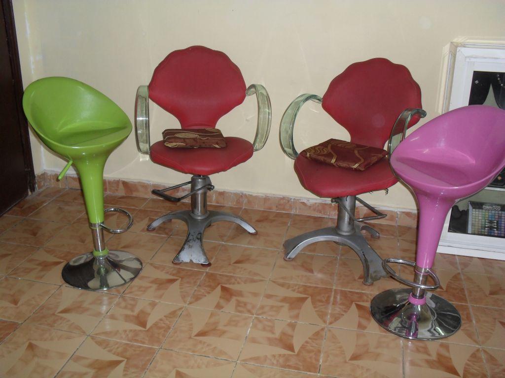 equipement de salon de coiffure. Black Bedroom Furniture Sets. Home Design Ideas